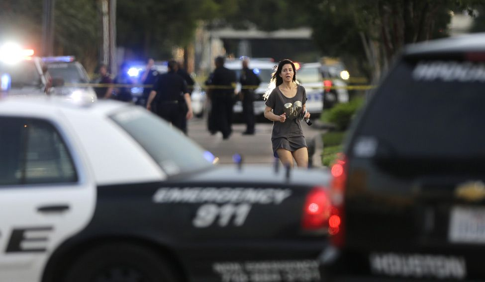Indian-origin lawyer shoots 9 in US, killed by police
