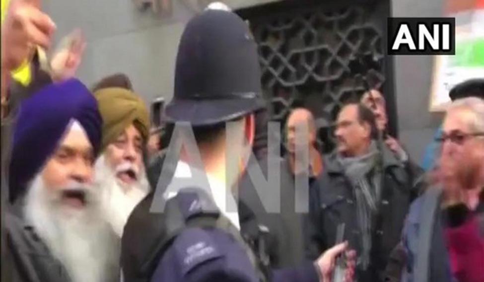 london-clashes-ani