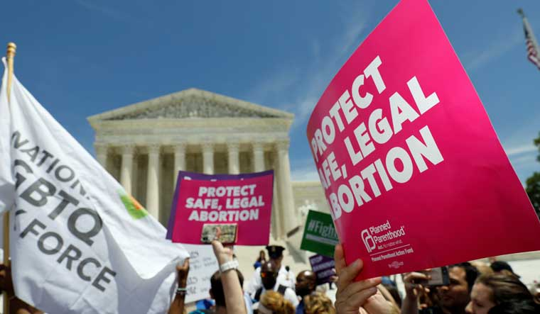 USA-COURT/ABORTION-IMMIGRANT