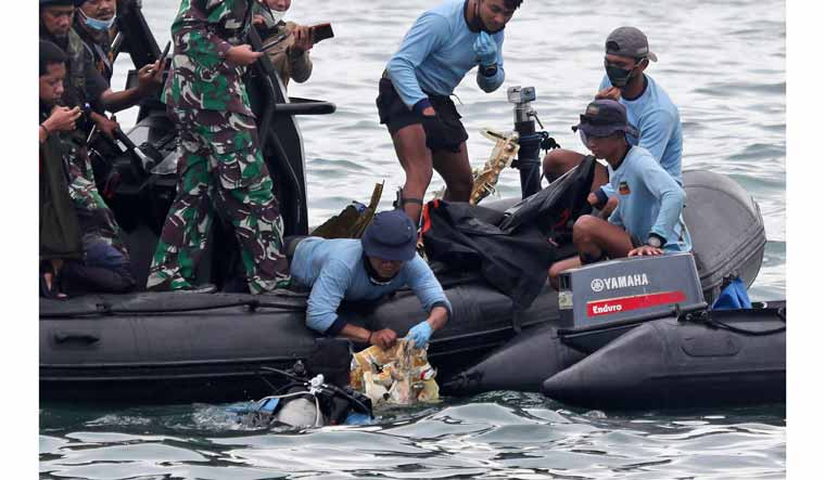 indonesia-plane-sriwijaya-crash-site-ap