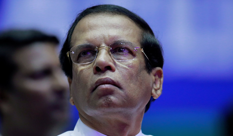 Sirisena to appoint new prime minister by Monday: Report