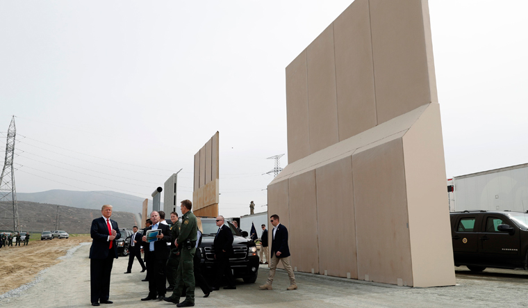 USA-TRUMP/CALIFORNIA, Border wall