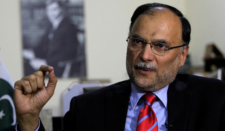 Pak to be 'industrial hub' of South Asia, says Iqbal on CPEC
