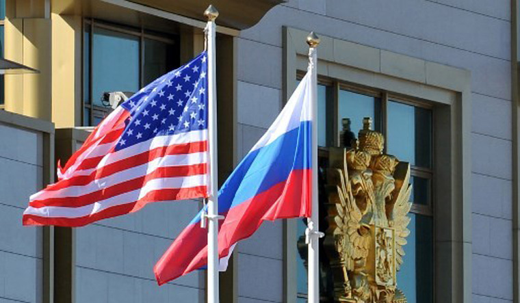US imposes sanctions against Russian oligarchs, govt officials