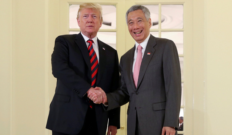 Singapore PM urges US-China to end blame game over COVID-19