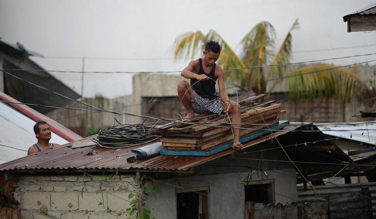 typhoon-mangkhut-philippines-afp