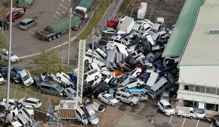 Kobe pile-up