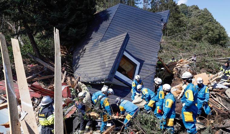 japan-quake-ap