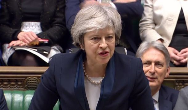 may faces confidence vote today after heavy defeat over brexit deal