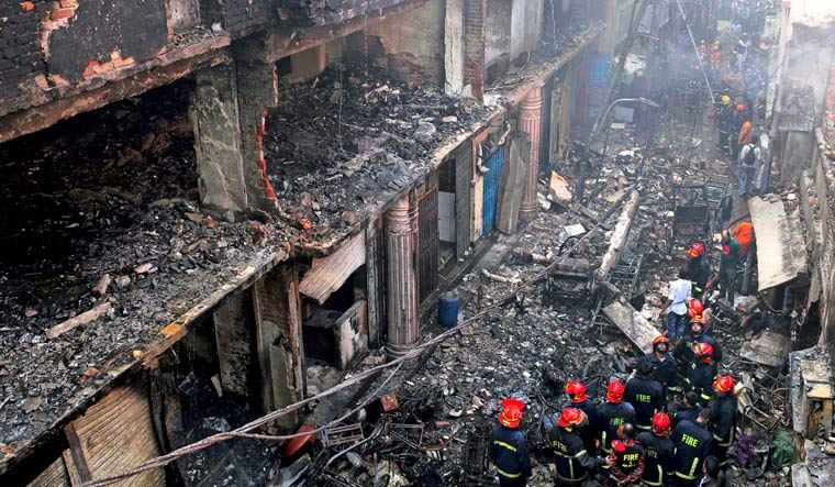 70 killed in massive fire at chemical warehouses in Dhaka
