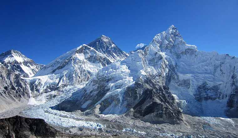 View_of_Mount_Everest_nepal