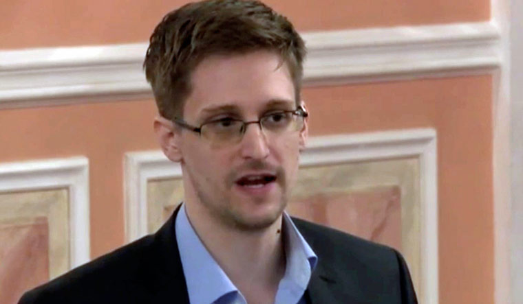 Snowden: 'I'd like to return to the United States'