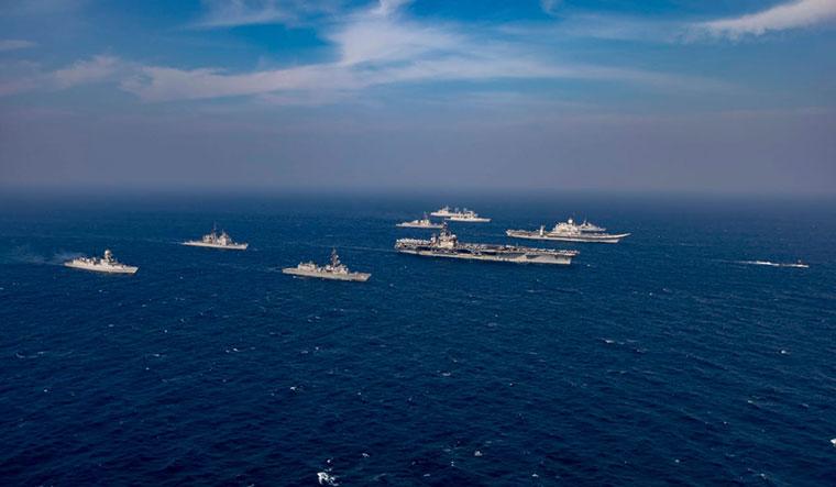 Malabar-exercise-indo-us-australia-japan-vikramaditya-nimitaz-HMAS-Ballarat-onamia