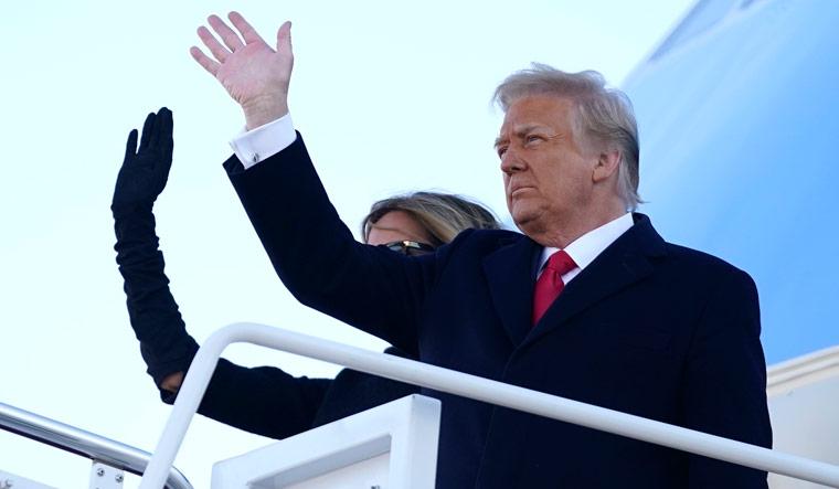 trump-melania-waving-ap