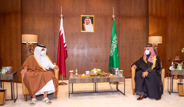 saudi-qatar-emir-mbs-Sheikh-Tamim-bin-Hamad-al-ula-reuters