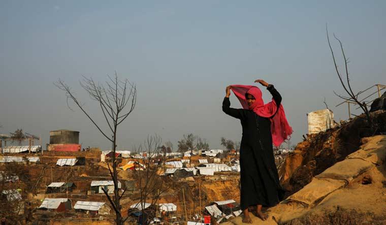 rohingya-fire-refugee-camp-reuters