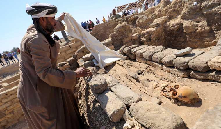 egypt-luxor-skeleton-lost-city-reuters