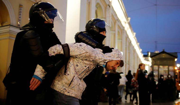 navalny-protests-russian-reuters