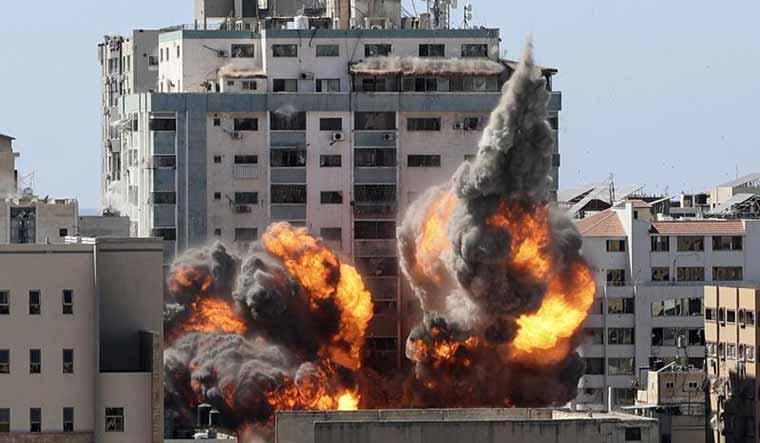 airstrike-building-al-jazeera-ap