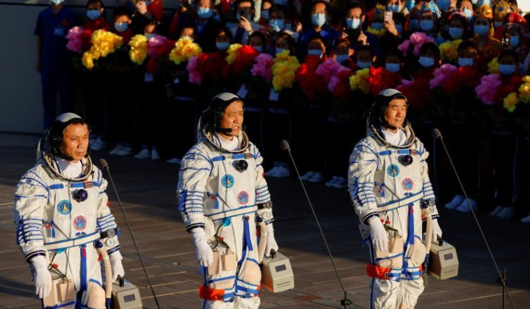 astronauts china reuters