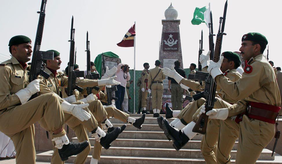 Pakistan To Send Troops To Saudi Arabia