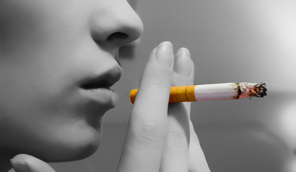 woman-smoking
