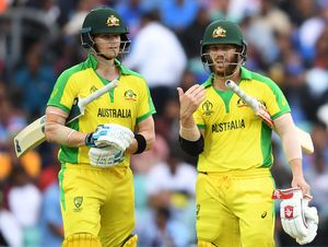 Steve Smith (L) and David Warner of Australia | AFP