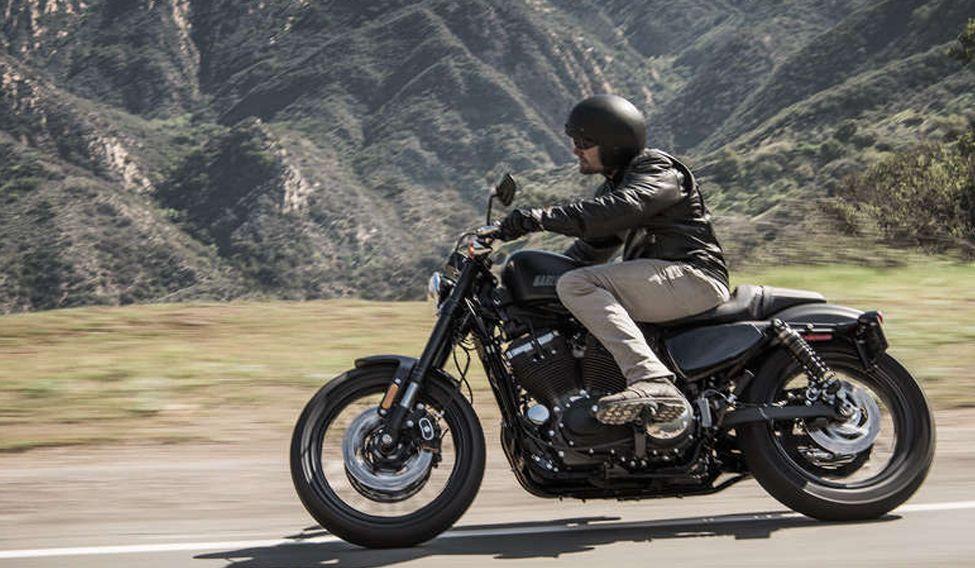 Harley-Davidson-Roadster-03