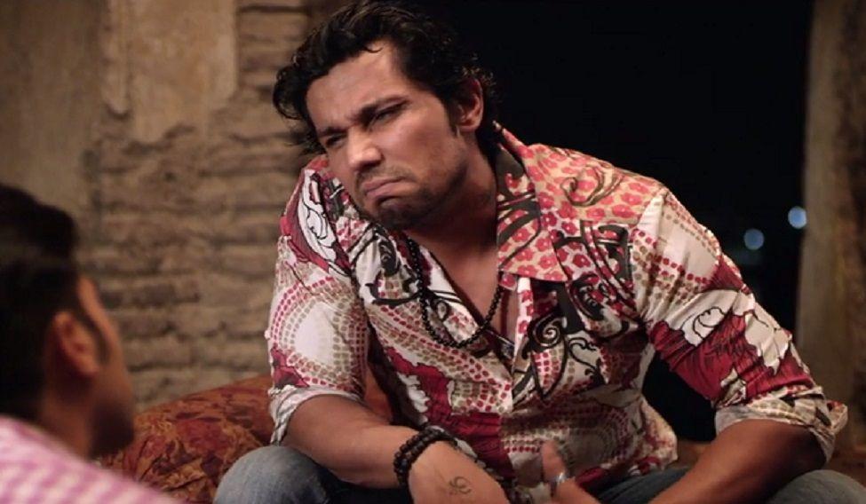 Randeep Hooda in a still from Laal Rang