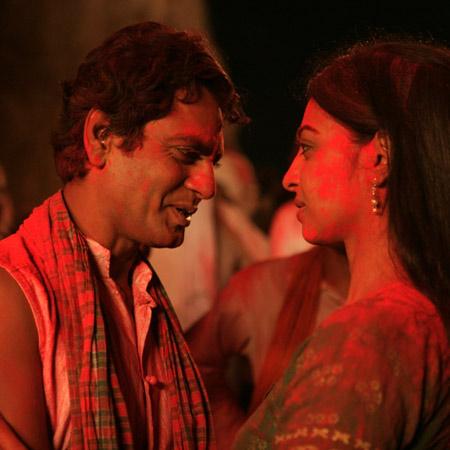 Nawazuddin-Siddiqui-and-Radhika-nawazuddin