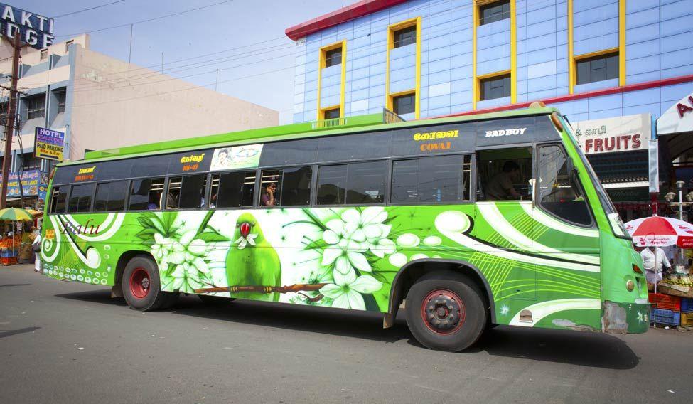 tourist-bus
