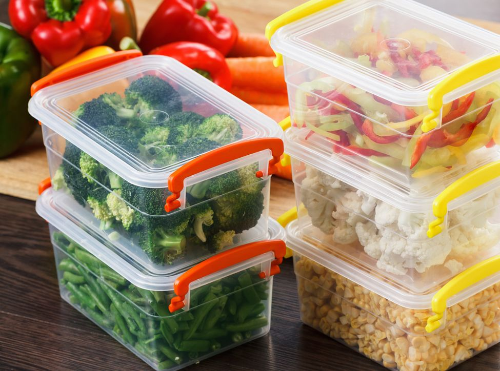 Meal-prep: Save time by freezing meals for a week