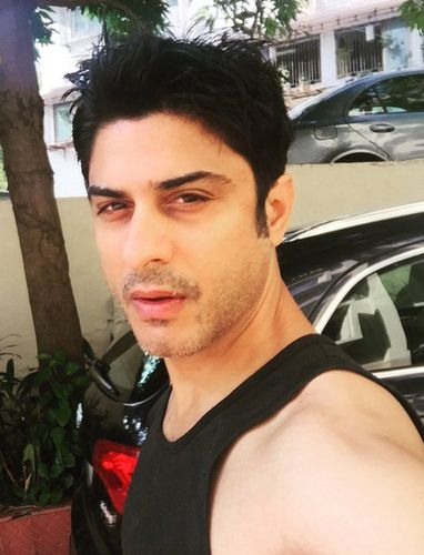 Vikas Bhalla: On a different note